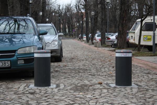 Szczawno Zdrój – Park Zdrojowy- montaż i serwis 6 szt. słupków FAAC