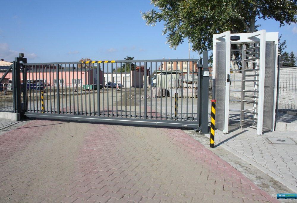 Uszczelnienie ruchu kołowego i pieszego w Dzierżoniowie