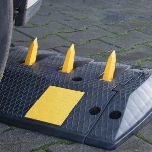 Kolczatka drogowa segmentowa bezwładnościowa
