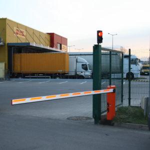 Szlabany hydrauliczne FAAC 615 - centrum DHLWrocław - instalacja, serwis szlabanów