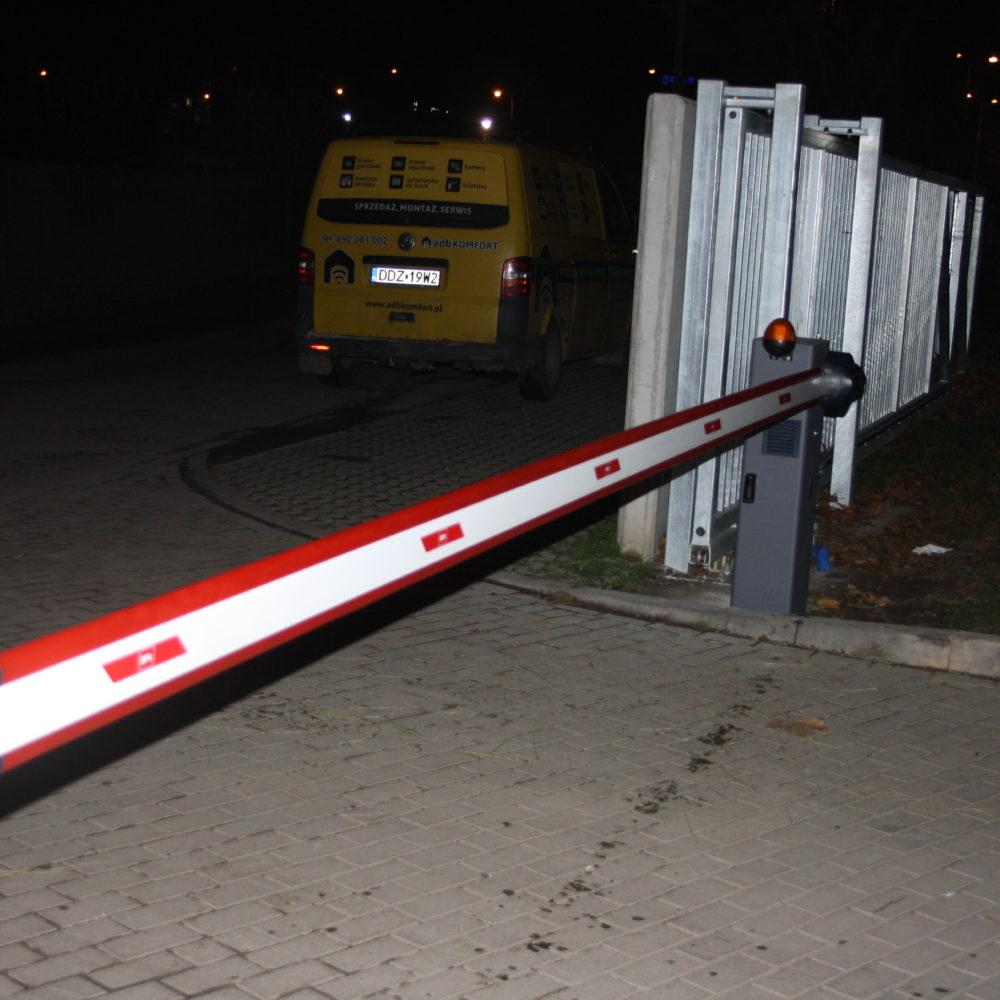 Instalacja szlabanu elektromechanicznego BFT Moovi – Wrocław