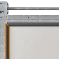 Brama garażowa ciepła UniTherm. Uszczelninia termiczne bramy na obwodzie i między panelami.