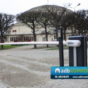 Szlaban hydrauliczny B680H z ramieniem  8m.  Hala Stulecia - Wrocław0