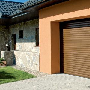 Brama garażowa roletowa BR-77, kolor RAL 8014