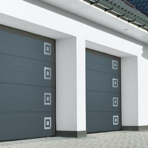 Brama garażowa segmentowa bez przetłoczeń RAL 7016 z aplikacjami ozdobnymi