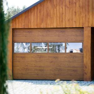 Brama garażowa segmentowa UniPro bez przetłoczeń RAL 7016 z aplikacjami ozdobnymi
