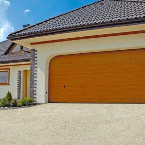 Brama garażowa segmentowa Złoty Dąb przetłoczenia kasetonowa 6