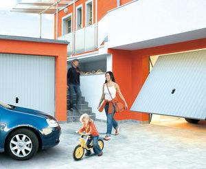 Brama garażowa uchylna 05