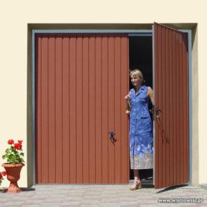 Brama garazowa uchylna dwuskrzydłowa rozwierna