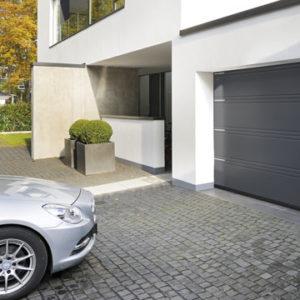 Brama garażowa segmentowa - komplet z drzwiami