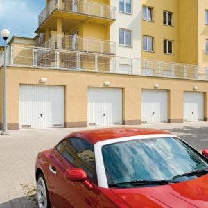 Zespół bram garażowych uchylnych 2
