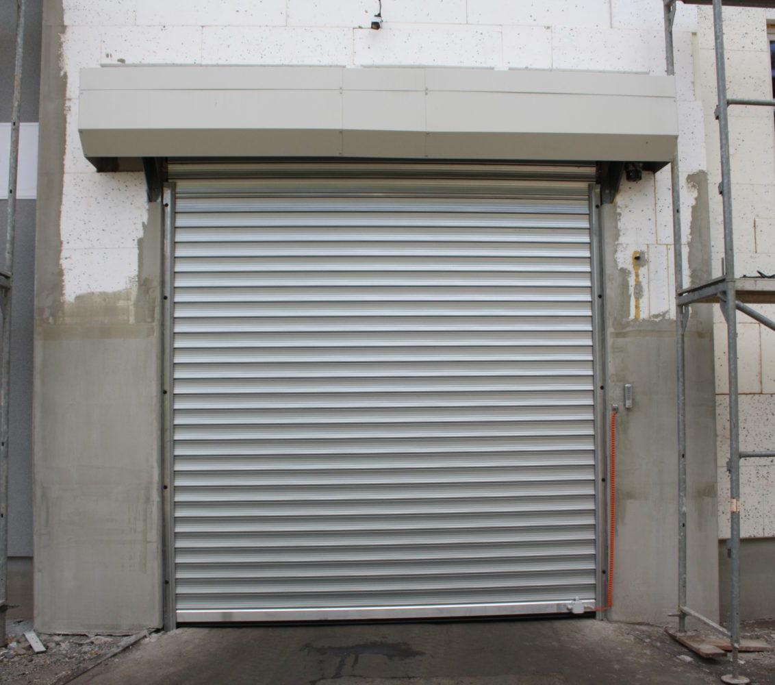 Brama roletowa ocieplona stalowa ocynkowana KRISPOL R1 SDP Dostawa i Montaż