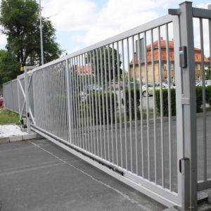 Dostawa i montaż - brama przesuwna przemysłowa ogrodzeniowa  lokalizacja Dzierżoniów
