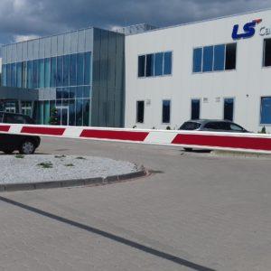 1. Szlabany, bramy garażowe, drzwi i drzwi p.poż - Dzierżoniów - LS Cable - dostawa, montaż i serwis