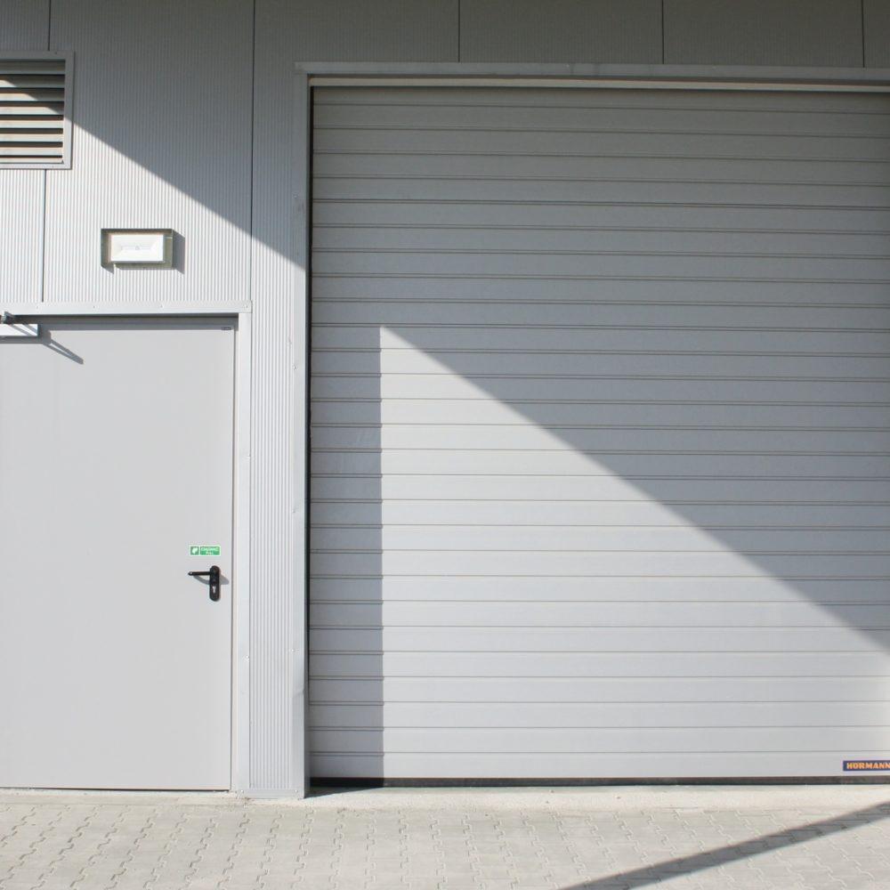 Bramy garażowe przemysłowe Hormann  SPU – LS CABLE