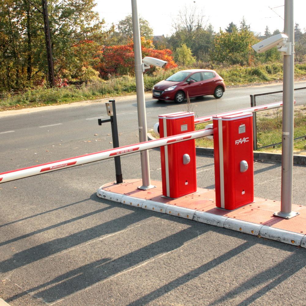 Szlabany i system kontroli dostępu na parking KGHM w Lubinie