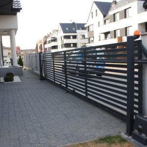 Montaż dwóch napędów do dwóch zbiegających się bram - Wrocław - ADB Komfort